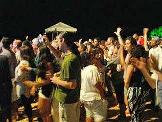 Multidão na Ressaca de Carnaval de Morro de São Paulo