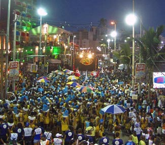 Ressaca de Carnaval de Salvador é em Morro de São Paulo