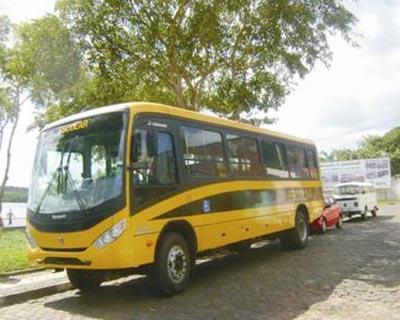 Novo ônibus escolar em Morro de São Paulo