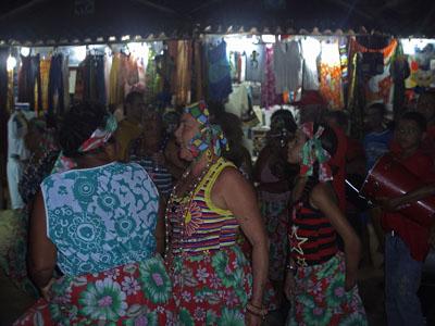 Procissão folclórica no Festival de Primavera de Morro de São Paulo