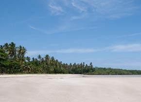Praia de Garapuá na Bahia