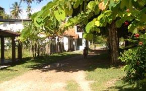 Rua da praia de Garapuá